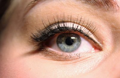 eye lash tinting and extensions